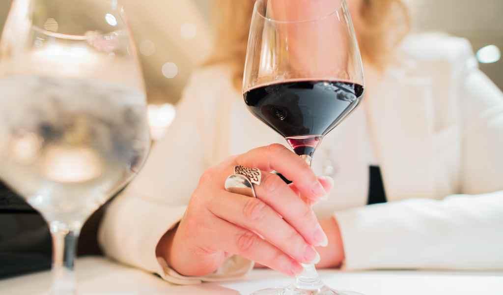 Лечение женского алкоголизма в Клементьево анонимно